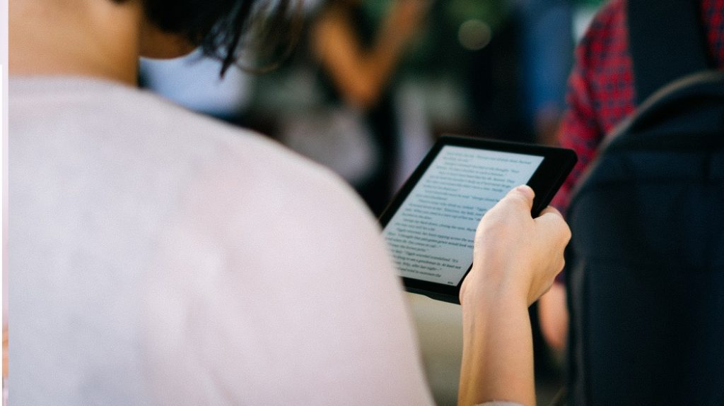 Use kindle to learn spanish fast