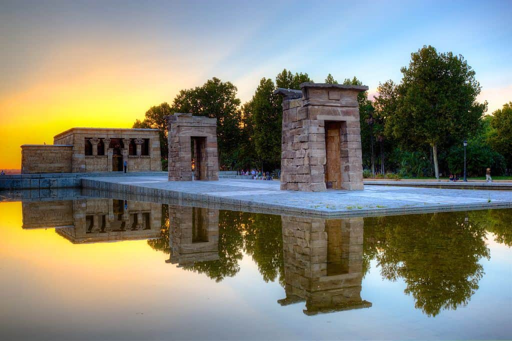 Sunset spot Madrid templo Debod