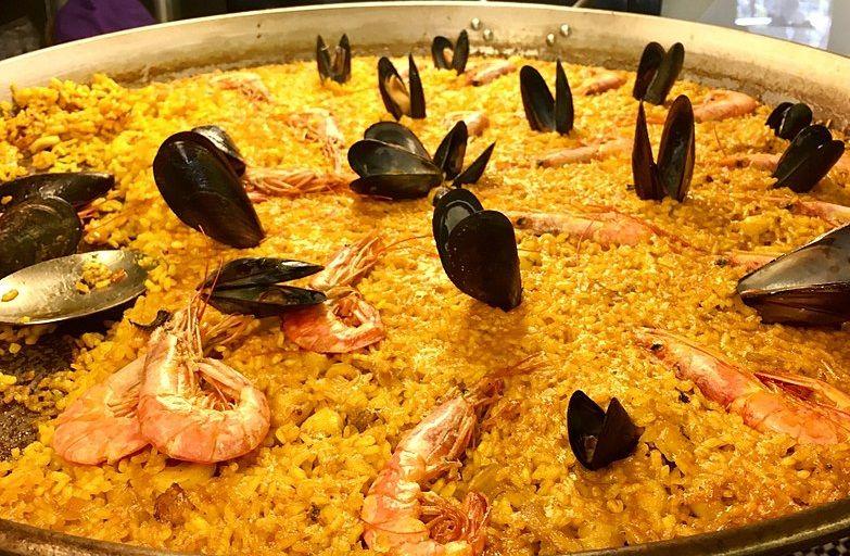 Spanish tapa paella