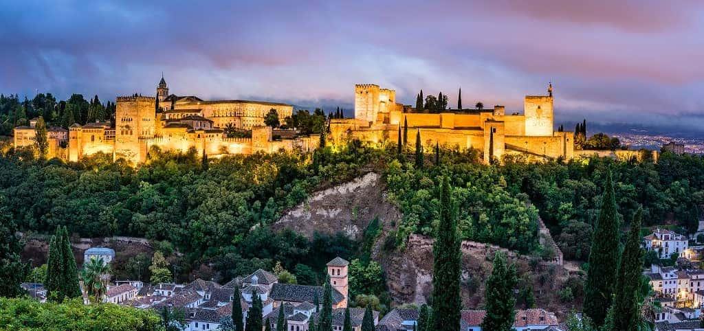 Alhambra Granada Sierra Nevada