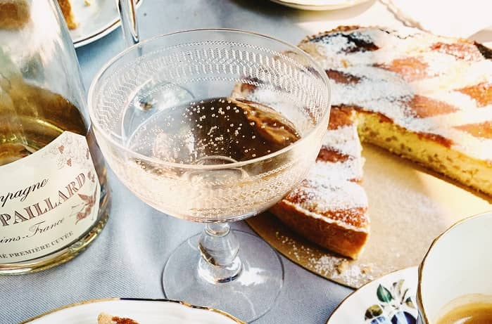 Champagne glass brunch in Madrid